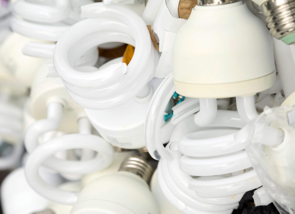 recycle-commercial-volumes-of-lights