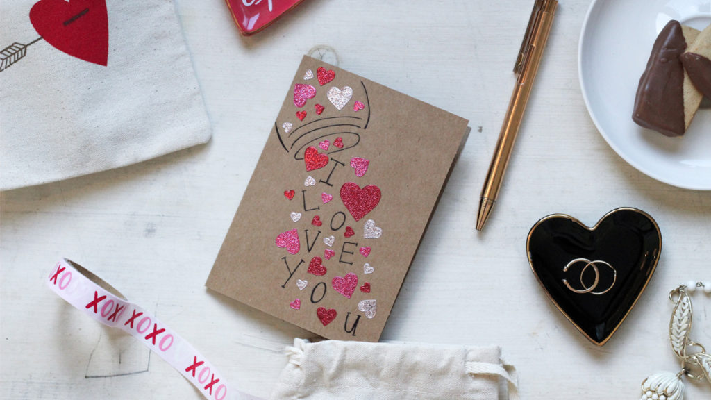 Recyclable paper cards for an eco-conscious Valentine's Day