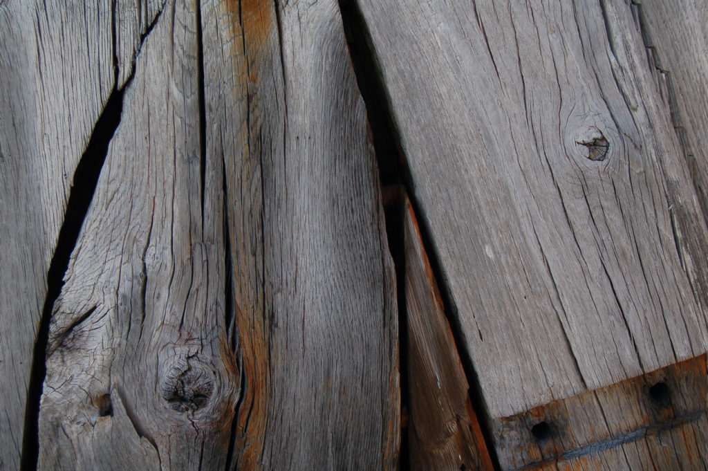 Wooden deck slabs with gnarled markings