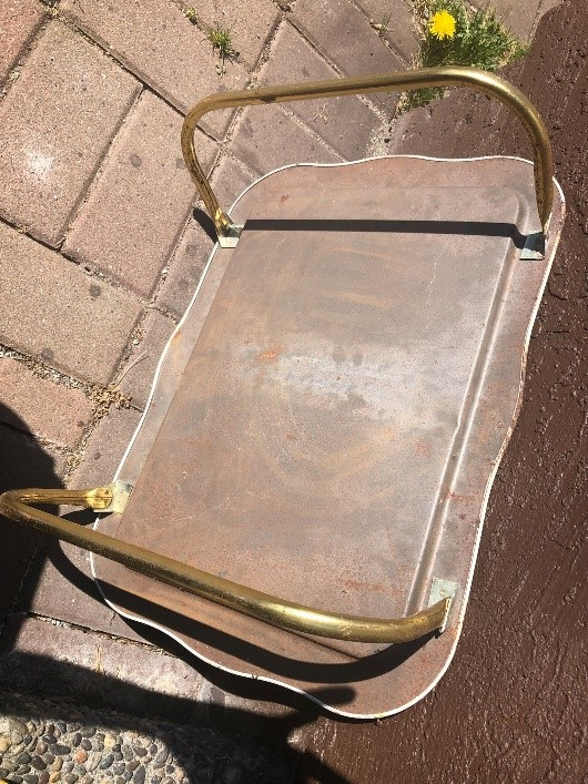 Before photo of upcycled serving tray DIY using leftover paint